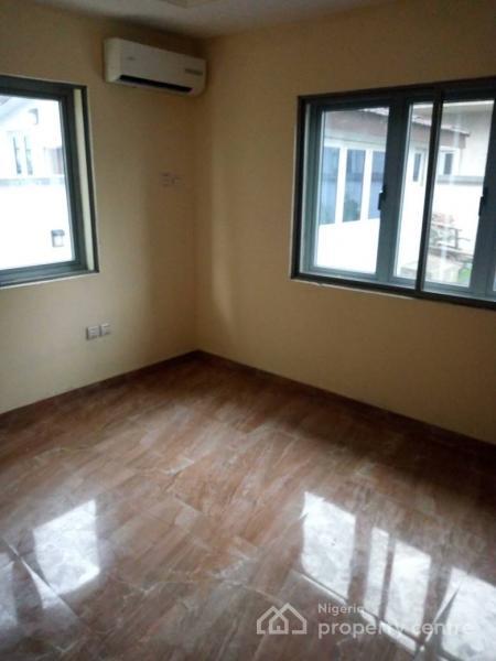 Lovely and Spacious 5 Bedroom Fully Detached Duplex, Peanock Beach Estate, Osapa, Lekki, Lagos, House for Sale