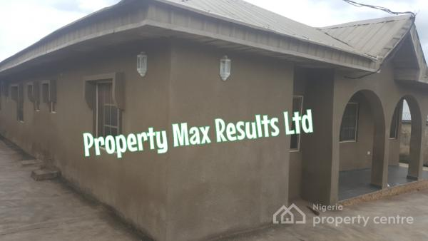 4 Bedroom Bungalow, Behind A3 Hotel & Suites, Power House, Along Iwo Road - Ojoo Express Way, Ibadan, Oyo, Detached Bungalow for Sale