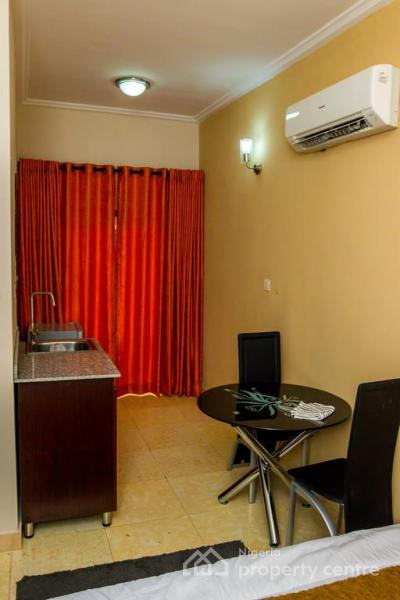 Studio Apartment, Off Admiralty Way, Lekki Phase 1, Lekki, Lagos, Self Contained (single Rooms) Short Let