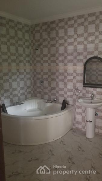 Luxury Serviced 4 Bedroom Terrace Duplex with a Room Bq, Tinubu Road, Ilupeju Estate, Ilupeju, Lagos, Terraced Duplex for Sale