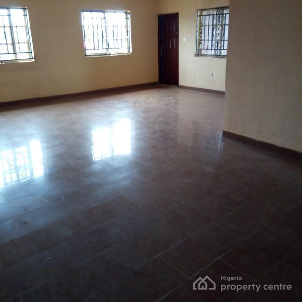 For Rent: Decent 3 Bedroom Flat (3 Toilets, 2 Baths, Store