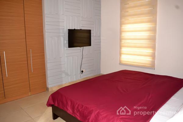 2 Bedrooms Apartment with Balcony, Off Ligali Ayorinde, Victoria Island (vi), Lagos, Flat Short Let