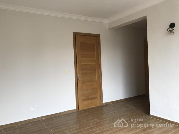 Brand New Serviced  4 Bedroom Terrace with a Room Bq, Lekki Phase 1, Lekki, Lagos, Terraced Duplex for Sale