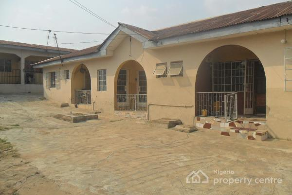 5 Units of 3 Bedroom & 2 Bedroom Flat on Fenced/gated 817m2 Land, 35, Musa Majebi Avenue, By Ibafo B/stop, Opposite Ibafo Police Station, Ibafo, Ogun, Block of Flats for Sale
