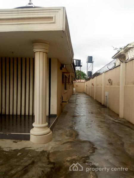 Very Spacious 4 Bedroom Bungalow, Omole Phase 2, Ikeja, Lagos, Detached Bungalow for Rent