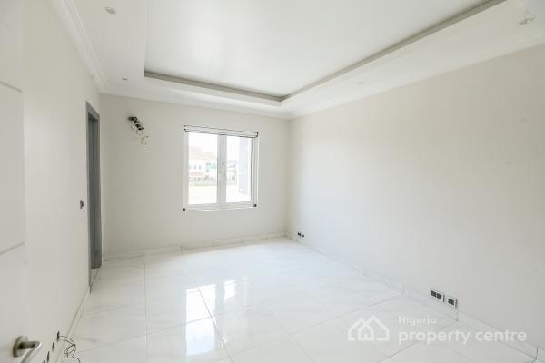 5 Bedroom Detached House with Bq, Pinnock Estate, Osapa, Lekki, Lagos, Flat for Sale
