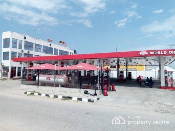 Filling Station, By Elevation Church, Before Resurrection Drive, Jakande, Lekki, Lagos, Filling Station for Sale