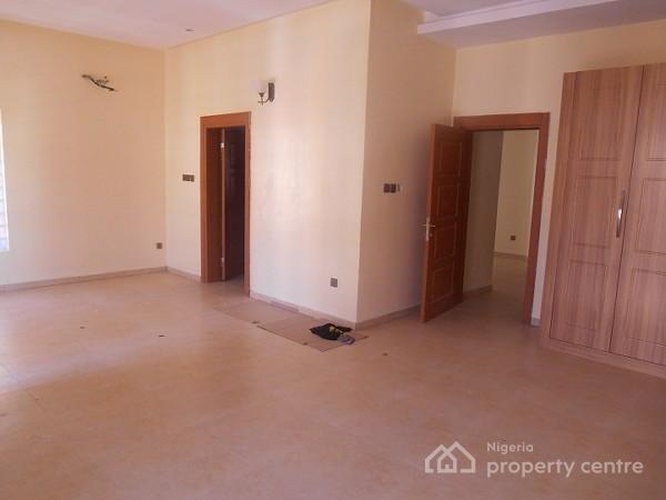 4 Bedroom Semi Detached-duplexes for Sale in Ologolo, Lekki, South Lake Homes Estate, Behind Spg, Ologolo, Lekki, Lagos, Semi-detached Duplex for Sale