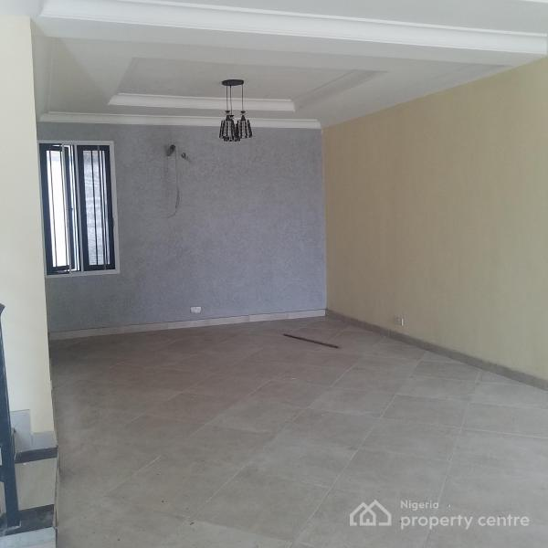 Exquisitely Built 4 Bedroom Townhouse with Excellent Facilities, Lekki Phase 1, Lekki, Lagos, Terraced Duplex for Sale