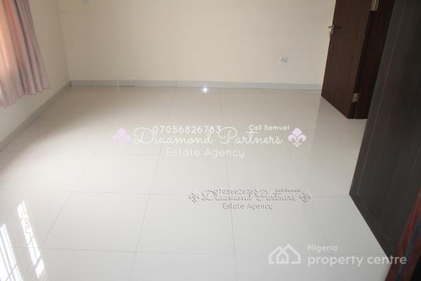 3 Bedroom Serviced Flat Pent House, Lekki, Lagos, Flat for Rent