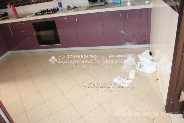 3 Bedroom Serviced Flat Pent House, Lekki Phase 1, Lekki, Lagos, Flat for Sale