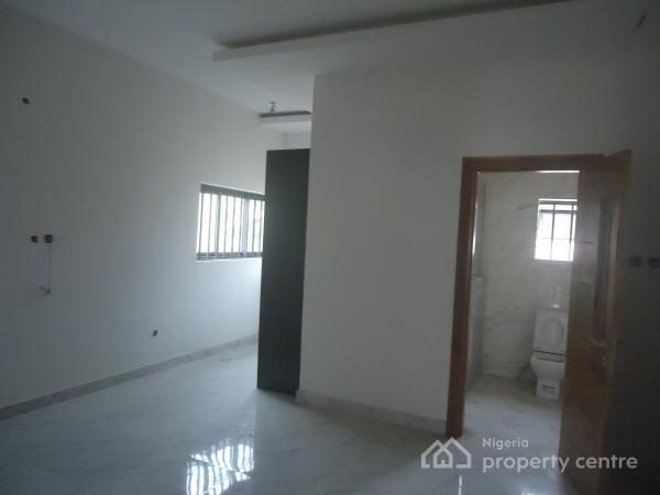 Luxury 4 Bedroom Terraced Duplex with Excellent Facilities, Lekki Phase 1, Lekki, Lagos, Terraced Duplex for Sale