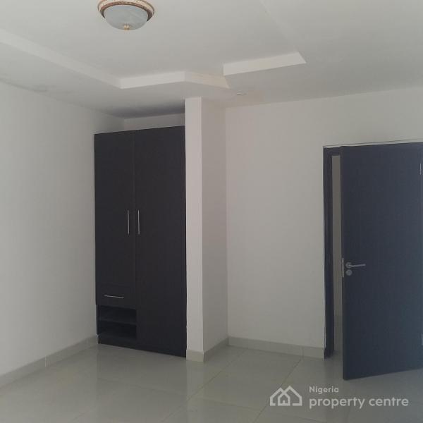 Tastefully Finished Semi Detached 4 Bedroom, Lekki Phase 1, Lekki, Lagos, Semi-detached Duplex for Sale
