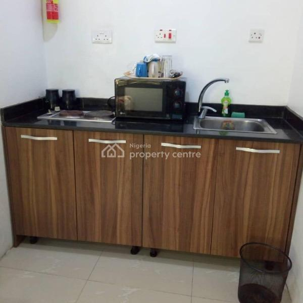 Furnished Single Room Apartment, New Horizon 1 Estate Beach Road, Ikate Elegushi, Lekki, Lagos, Self Contained (single Rooms) Short Let