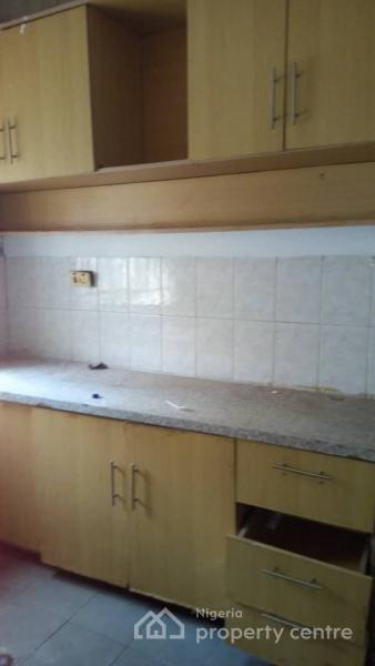 a Beautiful Spacious 3 Bedrooms Flat with a Bq, Off Admiralty, Lekki Phase 1, Lekki, Lagos, Flat for Rent