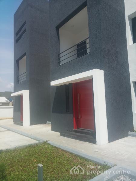 2 Bedroom Flat with Room Bq, Osapa, Lekki, Lagos, Flat for Sale