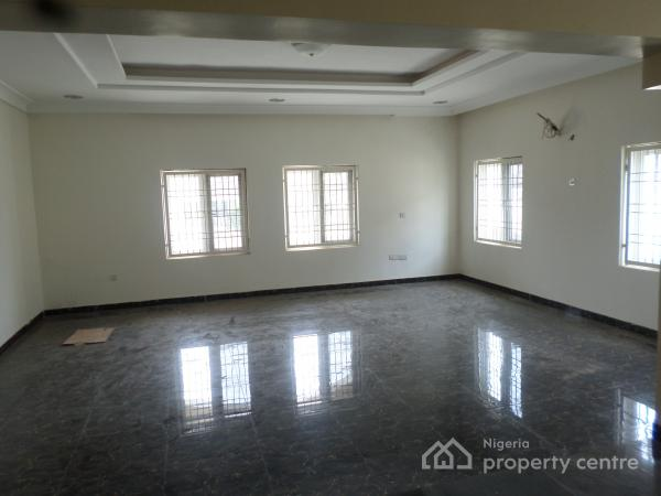 5 Bedrooms, 2 Sitting R, Study + Bq  in an Estate, Jukwoyi, Abuja, Detached Duplex for Sale