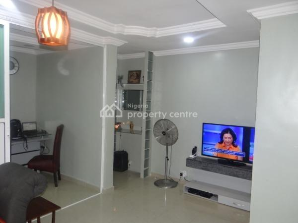 2 Bedroom Furnished Apartment at a Discount, Onike, Yaba, Lagos, Flat Short Let