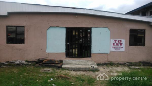 2 Bedroom Flat Code Wwr, Barr. Arthur Akpowowo Street, New Layout Ugbomro, Warri, Delta, Flat for Rent