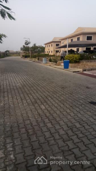 Luxurious 5 Bedroom Detached Duplex with 2 Rooms Bq, Emerald Estate, Mobil Road Ilaje Bus Stop, Ajah, Lagos, Detached Duplex for Rent