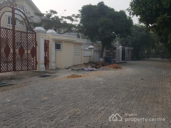 5 Bedroom Fully Detached Building on 3 Floors on 800sqms, Opposit Vgc, Lekki, Lagos, Detached Duplex for Sale