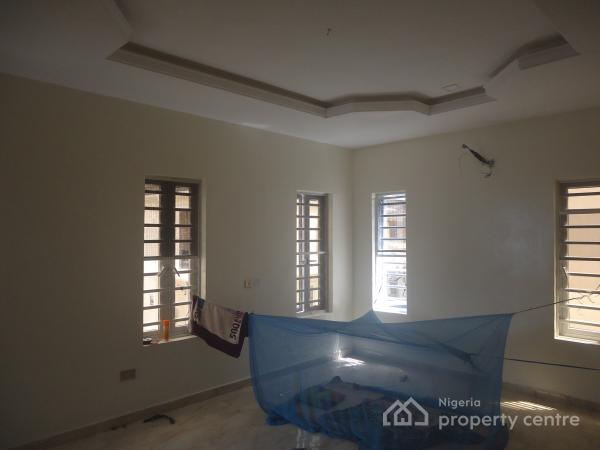 Tastefully Finished 4 Bedroom Semi Detached Duplex with Good Facilities, Lafiaji, Lekki, Lagos, Semi-detached Duplex for Sale