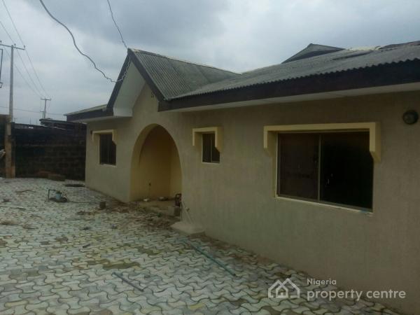 3 Bedrooms and 1 Bedroom Flats, Akaun Street Adamo, Ikorodu, Lagos, Terraced Bungalow for Sale