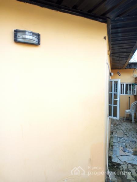 Spacious Self Con, Off Lekki Beachgate Road, Jakande, Lekki, Lagos, Self Contained (single Rooms) for Rent