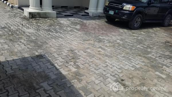Fully Serviced Spaciously Built One Bedroom (mini Flat ), Off Admiralty Way, Lekki Phase 1, Lekki, Lagos, Mini Flat for Rent