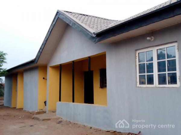 Five Bedroom Fully Detached Bungalow, Senior Staff Quarters, 315 Architect Kaura Close By Kuje Area Council Secretariat, Kuje, Abuja, Flat for Sale