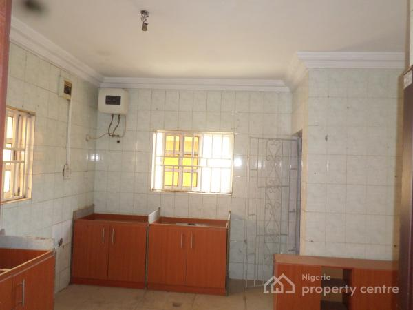 Two Floors; 4 Bedrooms in an Estate, Jabi, Abuja, Detached Duplex for Rent