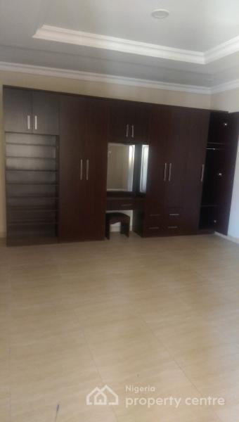 Tastefully Built and Spacious 5 Bedroom Semi Detached +1 Room Bq [front and Back Unit Available], Oniru, Victoria Island (vi), Lagos, Semi-detached Duplex for Sale
