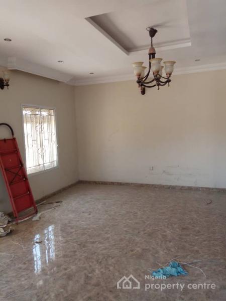 4 Bedroom Terrace Duplex + 1 Room Bq, Guzape District, Abuja, Terraced Duplex for Sale