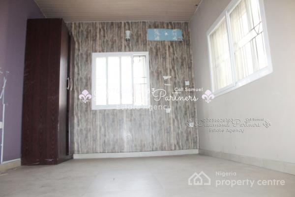 2 Bedroom Terrace Duplex, Lekki Phase 1, Lekki, Lagos, Terraced Duplex for Rent