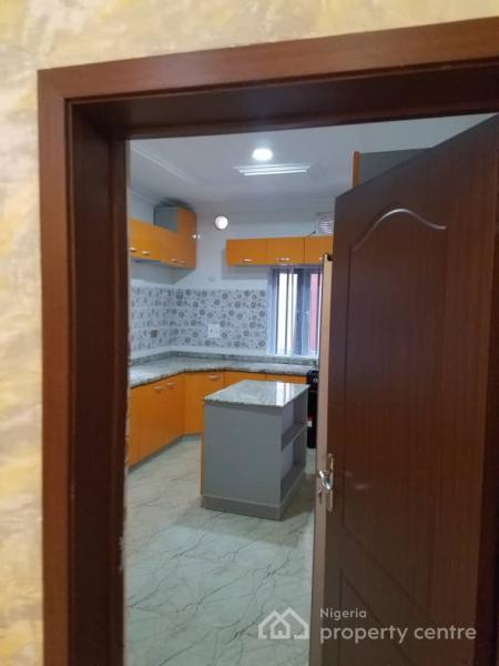 5 Bedroom Duplex, Shangisha, Gra, Magodo, Lagos, Flat for Sale