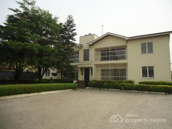 Lone Block of 4 Units Luxury 3 Bedroom Apartments on 1250sqm, Off Admiralty Way, Lekki Phase 1, Lekki, Lagos, Block of Flats for Sale