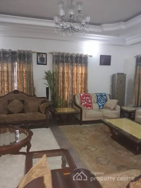 6 Bedrooms Fully Detached Duplex with Servant Quarters on 1300sqm, Wuse 2, Abuja, Detached Duplex for Sale