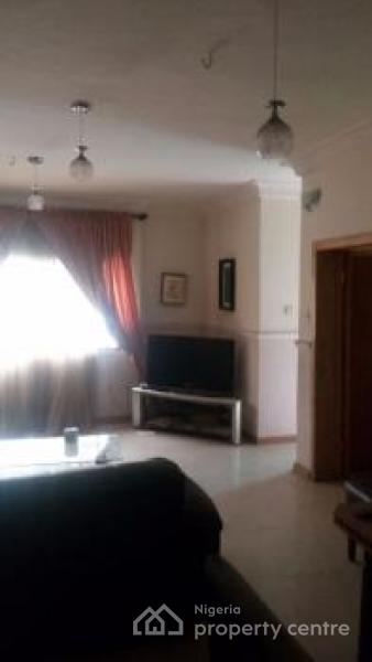 Furnished and Serviced 2 Bedroom Flat, Jembewon Road, Ibadan, Oyo, Flat for Sale