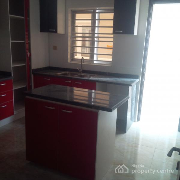 Serviced Luxury New Property, Lafiaji, Lekki, Lagos, Terraced Duplex for Sale
