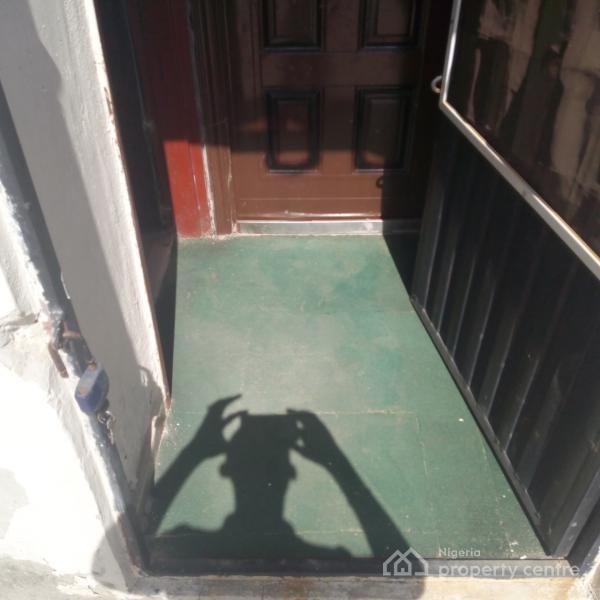 Self-contained, By Bureau De Change, Zone 4, Wuse, Abuja, Self Contained (single Rooms) for Rent