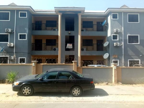 a Nicely Maintained and Serviced 3 Bedroom Apartment, Off The Ultramodern Market and Just Off The Nigerian Army Welfare Centre, Area 2, Garki, Abuja, Flat for Rent