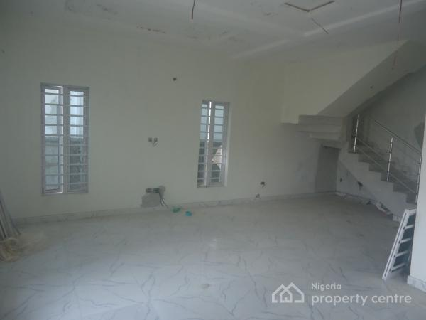 Tastefully Finished 4 Bedroom Semi Detached Duplex with Excellent Facilities, Lafiaji, Lekki, Lagos, Semi-detached Duplex for Sale