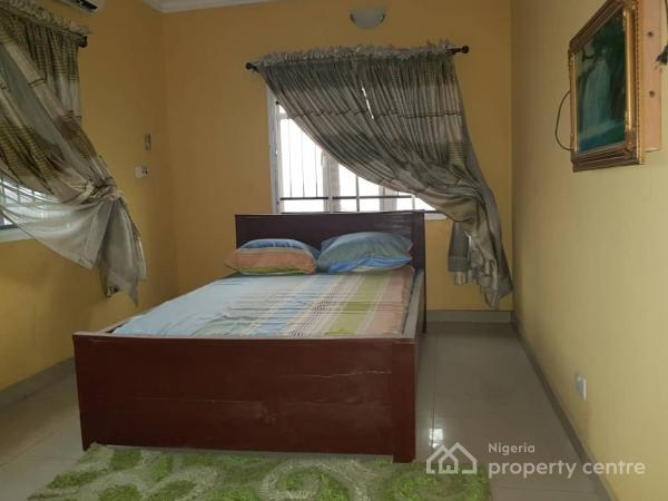 Block of 7 Flats, Osholake Street, Adekunle, Yaba, Lagos, Block of Flats for Sale
