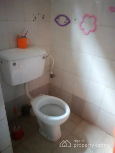 Beautiful Serviced Self Contained, Onike, Yaba, Lagos, Flat for Rent