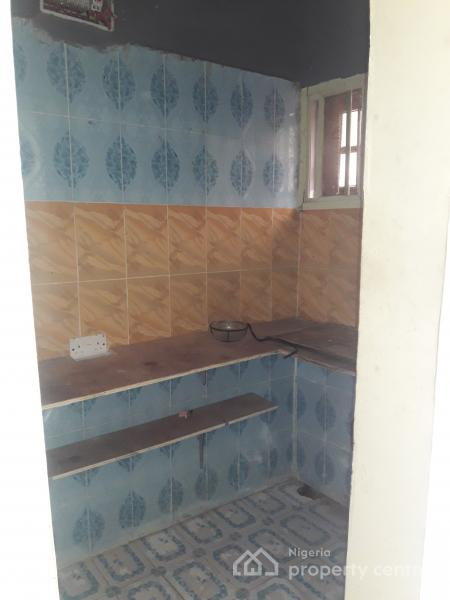 Self Contained, Road 16, Duck Street, Ikota Villa Estate, Lekki, Lagos, Self Contained (single Rooms) for Rent