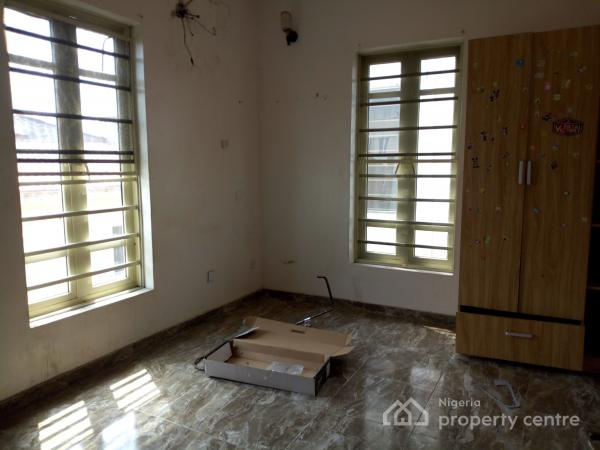 a Standard Room in a Flat in an Estate, Agungi, Lekki, Lagos, Self Contained (single Rooms) for Rent