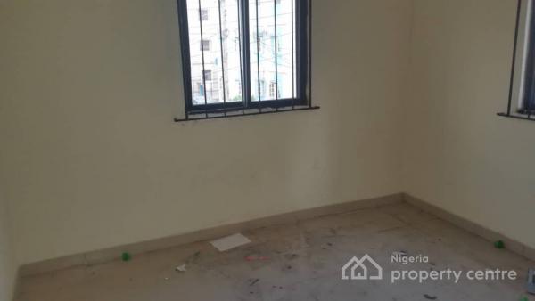 3 Bedroom Flat, Kosofe Road, Dolphin Estate, Ikoyi, Lagos, Block of Flats for Sale