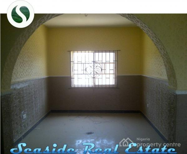 Beautifully Built 3 Bedroom Flat, Unilag Estate Road, Off Igbe Road, Ginti, Ikorodu, Lagos, Flat for Rent