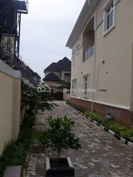 Classic Juilius Berger Built 5bedrooms Detached House with Pool, By Galadima Flyover, Gwarinpa, Abuja, Detached Duplex for Sale
