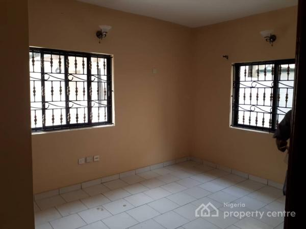 Luxury 5 Bedroom Duplex with Bq, Phase 2, Gra, Magodo, Lagos, Detached Duplex for Rent